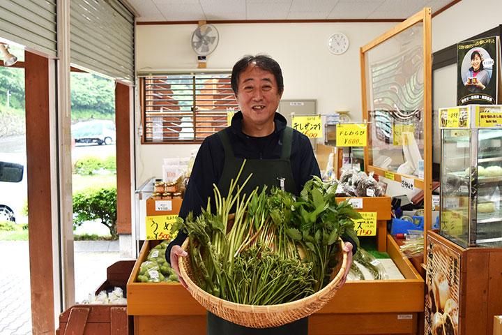 直売所スタッフ 坪田さん